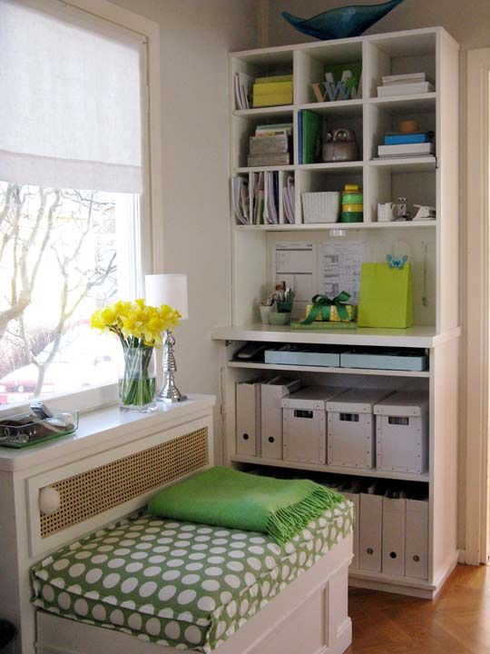 GORGEOUS office & great organizing tips from Apartment TherapyOrganic, Crafts Spaces, Offices Spaces, Crafts Room, Room Ideas, Small Spaces, Smallspaces, Home Offices, Craft Rooms