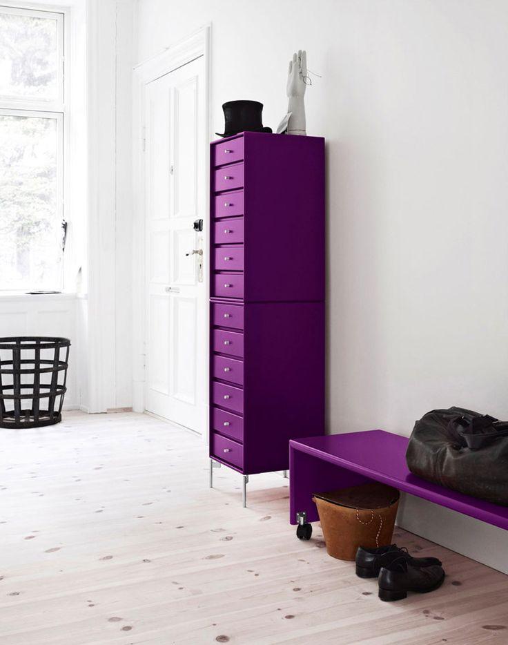 Montana - Cassettiera | Design: Peter J. Lassen | Anno: 2011 | Materiali: Laccato | In foto è proposta la cassettiera formata da due moduli con sei cassetti ciascuno in finitura laccato | #design #home #purple #interiordesign #italiandesign #webmobili #furniture |