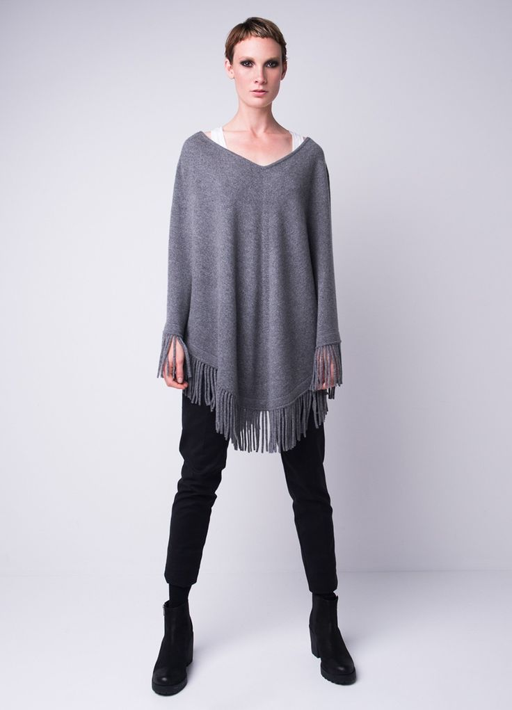 Wearing cashmere fringe poncho in endless ways. Fall style essential