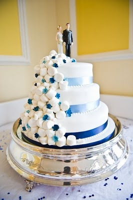 Marshmallow Cake with blue accents