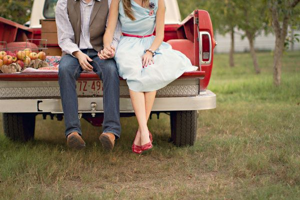 engagement... Totally stuck on engagement pics can ya tell? :) this ones cute!!