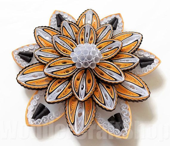 Best 25 big paper flowers ideas on pinterest giant for Big quilling designs