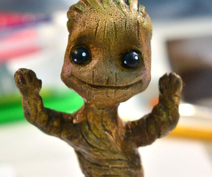 Baby Groot Figurine. I may DIE without this! I am in serious need of a potted baby Groot!