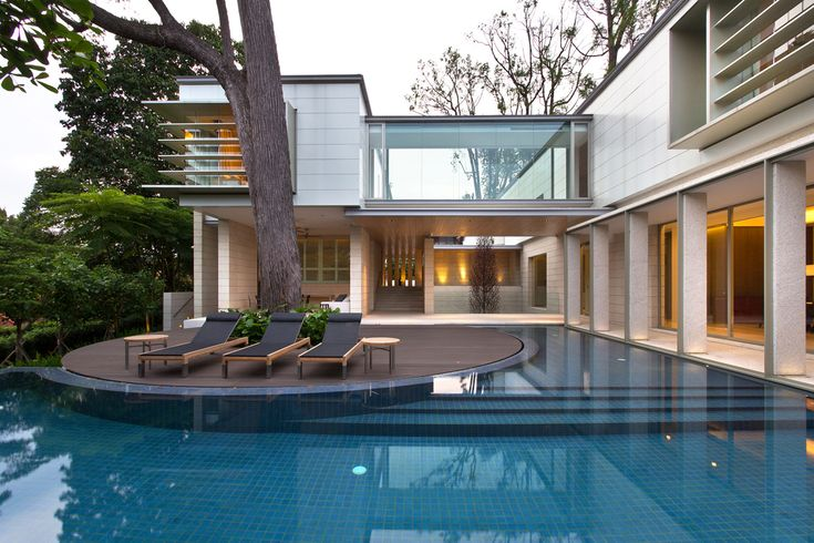Grange Road house in Singapore by SCDA Architects