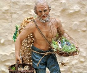 Statue in Papier-mache - The Fisherman of Arte Sacra di Claudio Riso Papier-mâché statue, with head, hands and feet molded in terracotta. Bust internal in straw, close by rounds of twine