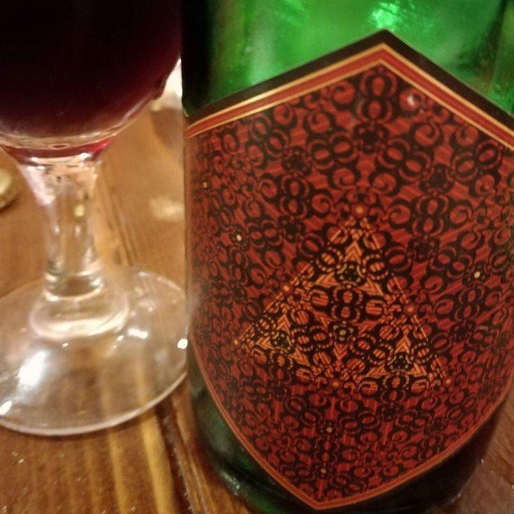 Crimson Queen a young flemish brown ale. #birra #cerveza #bier #biere #cerveja #pivo #beerporn #instabeer #cervejaartesanal #breja #beergeek #craftbeer #beerstagram #piwo #beerlover #øl #instacerveja #beeroftheday #beer #craftbeer #cervejaespecial #beergram #ilovebeer #instabeer #instapic #picoftheday