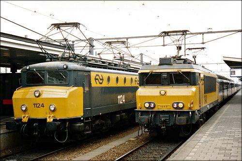NS-1124 an NS-1649 (Dutch railroad)