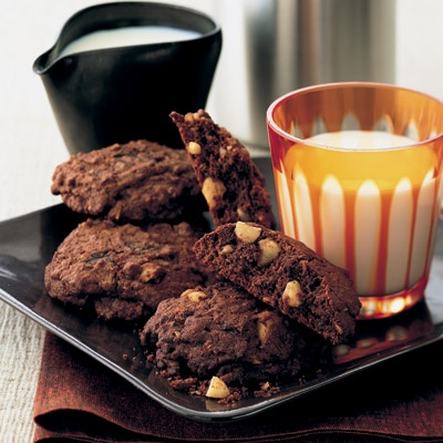 Double chocolate chunk and nut cookies - Simply irresistible | Find tasty recipes at Reader's Digest Asia
