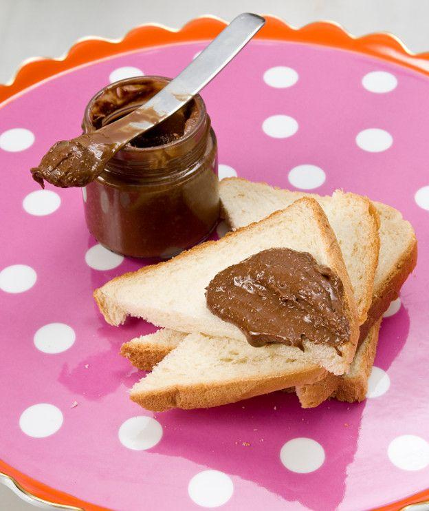 Άλειμμα πραλίνας με σοκολάτα γάλακτος