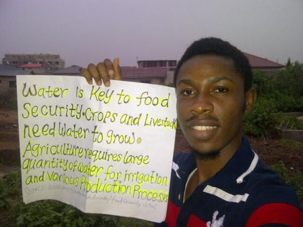 #youthinagselfie #wateris #worldwaterday un.org/waterforlifede…  @UN_Water @YPARD @ypardnigeria pic.twitter.com/ZGiX1DHKok