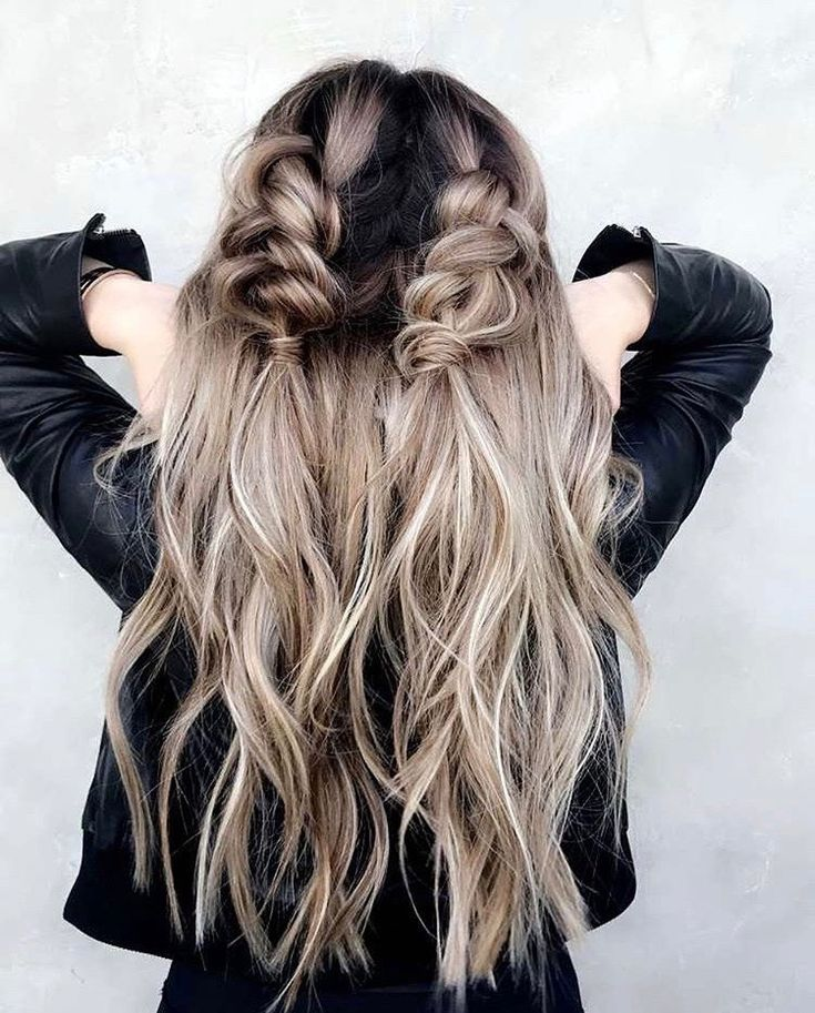 Brielle Biermann Braided Hairstyle  #braids #curlyhair #briellebiermann #hairstyle #hair #lookbook #fashion