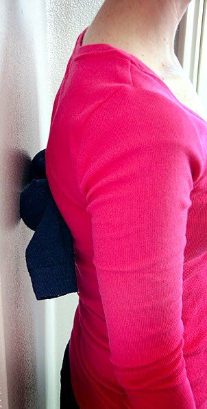 Ecco 5 ottimi esercizi per il mal di schiena che vanno dalla riflessologia ai punti di digitopressione. Esistono infatti alcuni punti di pressione nel vostro corpo, che contribuiranno a ridurre il dolore alla schiena