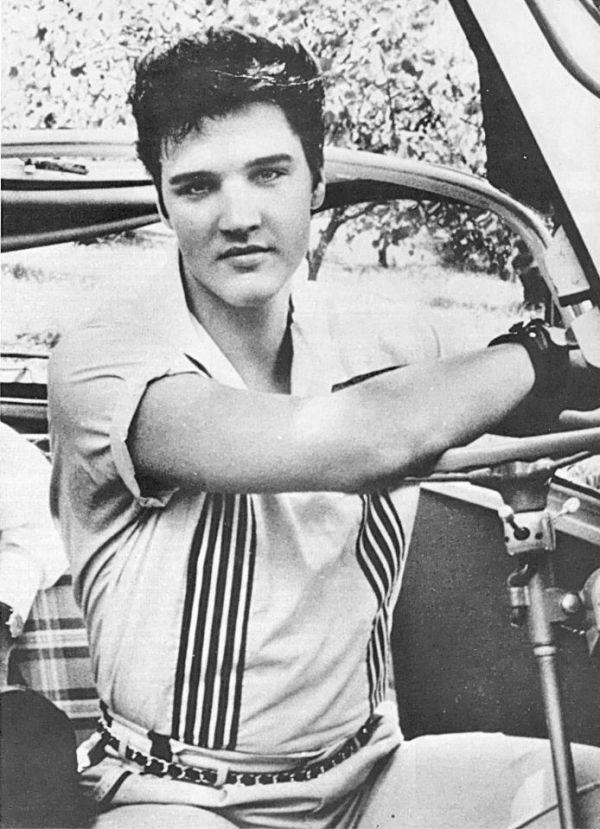 12107 451416314921788 1187673226 n  Elvis Presley -Rare  Photos