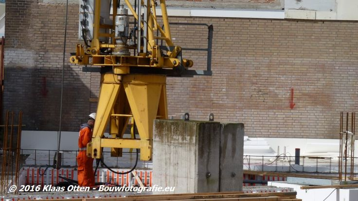 """Nieuwbouw """"Zoetelief"""" in Den Helder!  Montagewerkzaamheden worden uitgevoerd door Teka Kranen B.V. uit Hoorn! De hoofdaannemer van dit project huurt de desbetreffende torenkraan ook van Teka Kranen B.V.!"""
