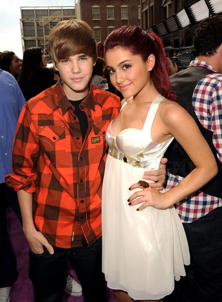 Justin Bieber and Ariana Grande Unfollowed Each Other on Twitter and Fans FREAKED OUT