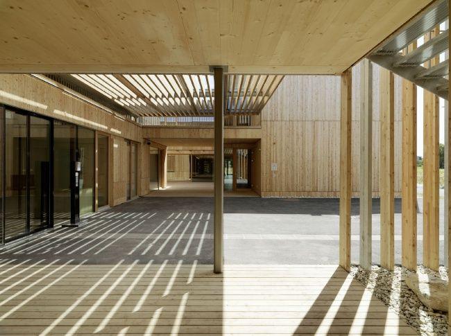 Дом престарелых имени Петера Розеггера в Граце по проекту Dietger Wissounig Architekten.
