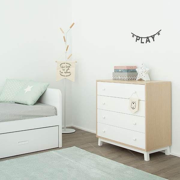 Muebles blancos y color madera