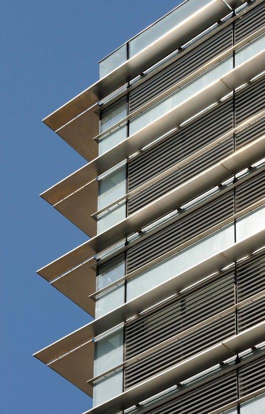Edificio de Oficinas CMA-CGM  / Nabil Gholam Architects,© Geraldine Bruneel