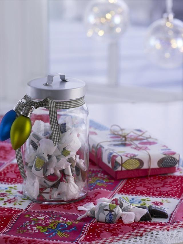 Tee toffeekarkkeja pukinkonttiin. Make fudge for christmas. Kuva: Pekka Ailio Ohje: Anette Nässling