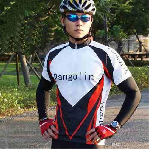 A Luva de Proteção Solar - Elasticidade Bicicleta Corrida Exercíciomanguito UV Fator 50% é extremamente maleável, proteção contra queimadura do sol, leve e resistente. Auxilia na ventilação e transpiração. - Tecido com proteção solar UVA e UVB. MATERIAL: