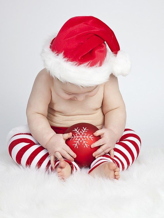 baby christmas photo ideas | baby pictures | Carter & Future Babies