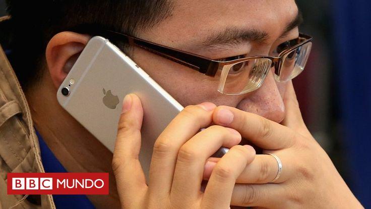 """Ellos dicen que para rendir la batería, aunque pocos lo creen. (Benjamín Núñez Vega)  """"A través de blogs y foros, varios de sus clientes acusaron a la compañía de usar ese recurso para obligarlos a comprar nuevos teléfonos lo antes posible.  Sin embargo, Apple aseguró este miércoles que la razón por la que hace que algunos sus smartphones se vuelvan más lentos es que el rendimiento de la batería disminuye naturalmente con el tiempo.""""  ¿Está más lento tu iPhone? Apple reconoce por primera vez…"""