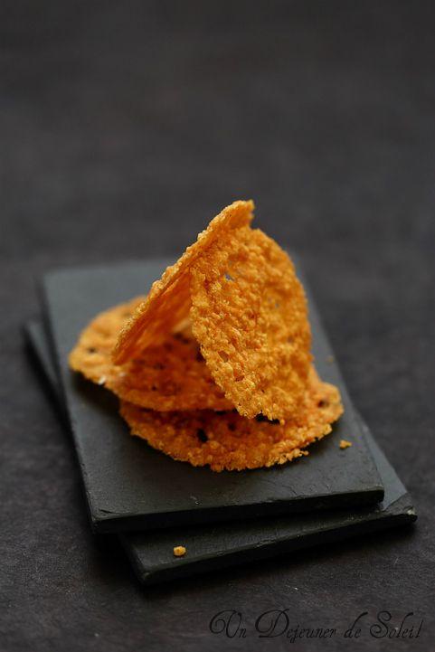 Tegole di parmigiano o pecorino