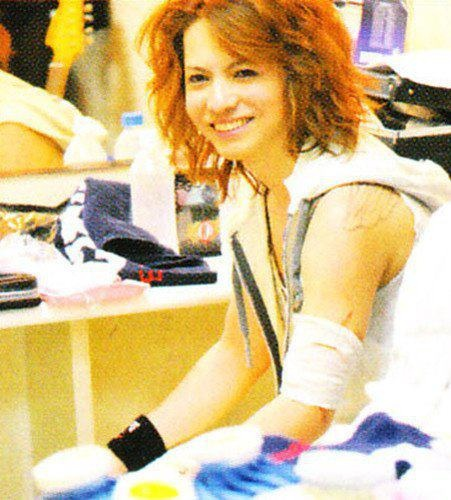 Hyde = Vamps and Larc~En~Ciel