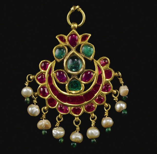 "India | ""Tikka"" ~ A Kundan technique rubies and emerald set gold pendant from Gujarat 