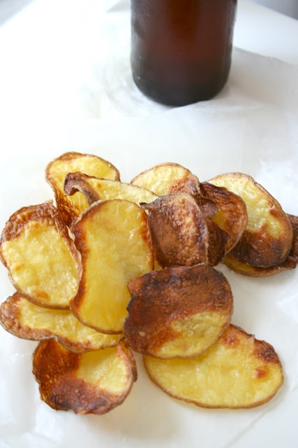 an amazing trick to getting crispy, crunchy homemade baked potato chips! #chips #snacks