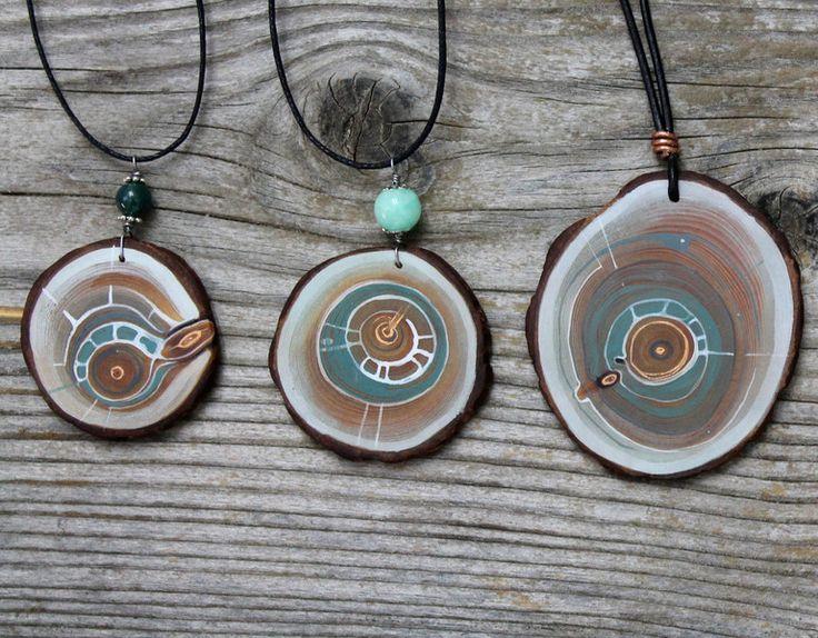 Holzanhänger - Arvemulett- Amulett aus Zirbe und Licht - ein Designerstück von TirolZirbe bei DaWanda