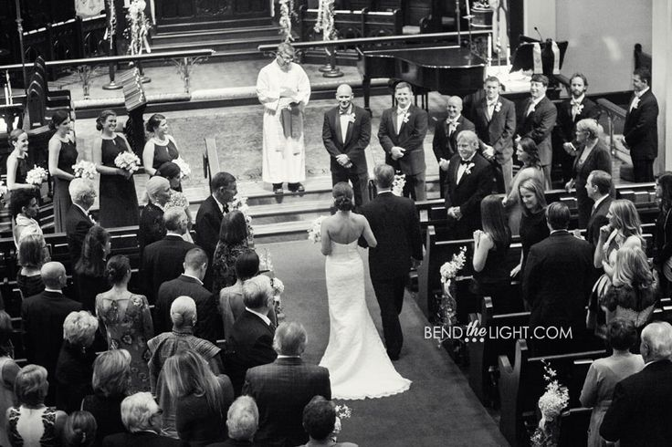 Wedding ceremony at Christ Episcopal Church in San Antonio | San Antonio wedding chapels | Christ Episcopal Church wedding in San Antonio, TX | San Antonio wedding venues |