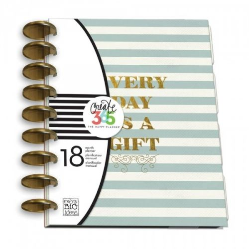 ME & MY BIG IDEAS - CREATE 365 PLANNER KIT 02 - GIFT KALENDER-ALMANAKK-PLANNER KIT fra ME & MY BIG IDEAS.Me & My Big Ideas-Create 365 Planner. The perfect addition to your planning needs! An eighteen month planner lets you keep track of monthly and weekly events. This package contains one 9-3/4x8 inch planner dated from July 2015-December 2016, dividers, space for scheduling and space creative planning. Comes in a variety of designs. Each sold separately.