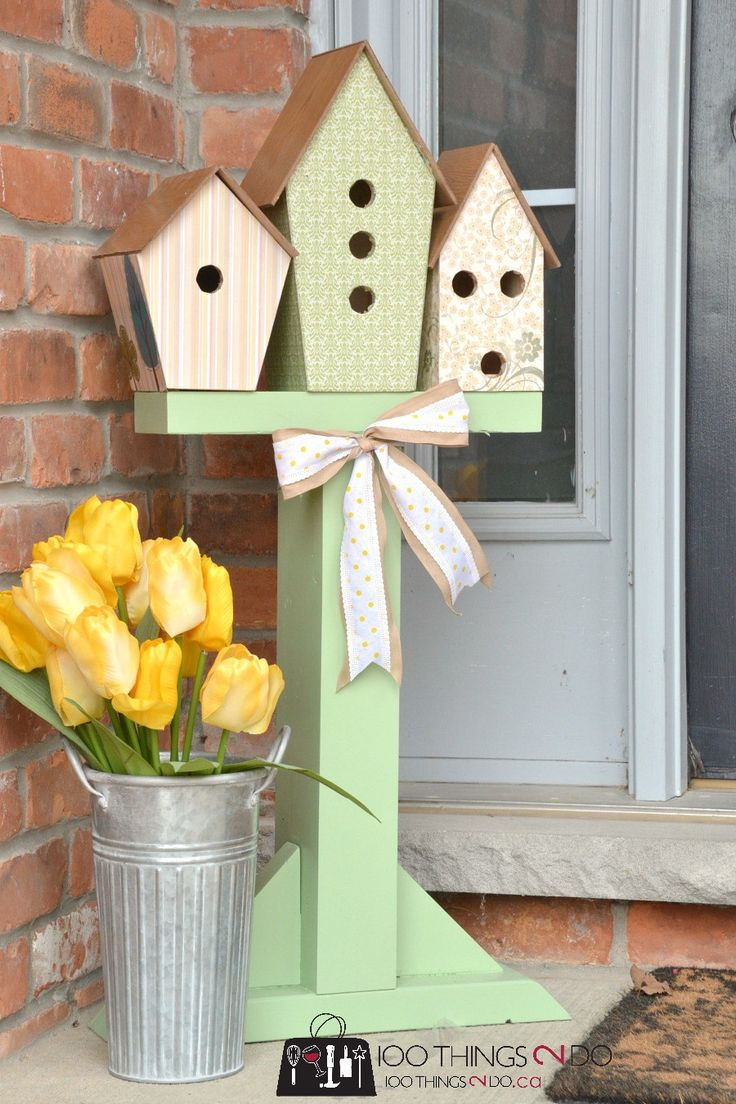 Birdhouse display, birdhouse decor, birdhouses on post, front porch decor, Spring front porch, National DIY Day, Craftbox Girls
