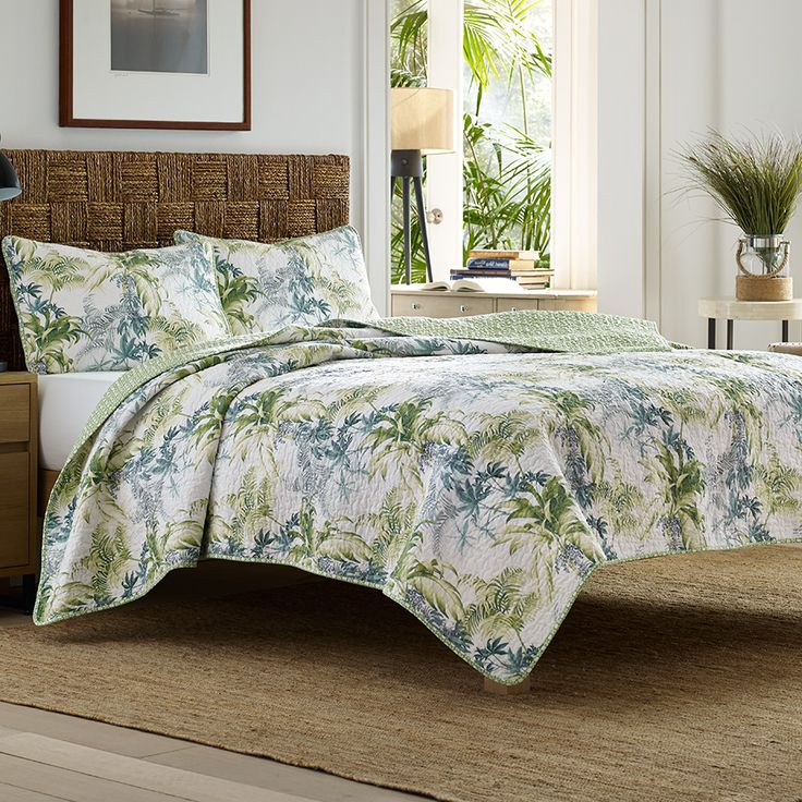 Tommy bahama lighthouse quay quilt set tommy bahama for Bed decoration set