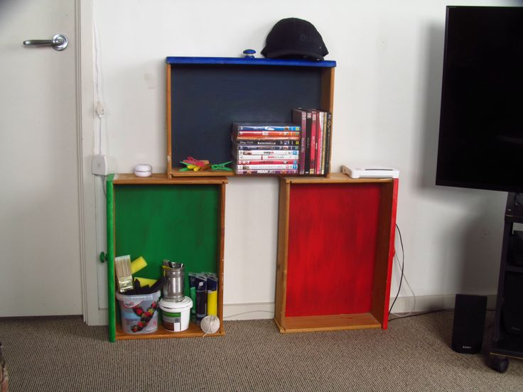 Pinned it, tried it - repurposed drawers as shelves. Got some old drawers, painted over it and stacked them up shelves. Easy!