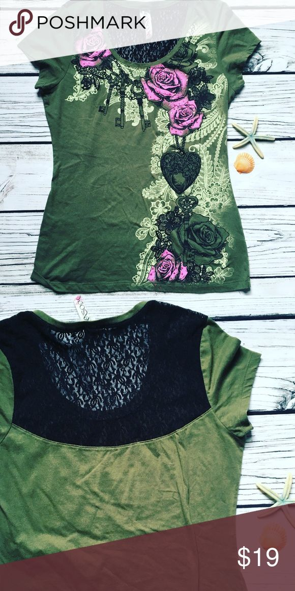 Ransom • Tattoo Graphic t-shirt Size 2XL Lace Back Ransom Olive Tattoo Graphic t-shirt Size 2XL Lace Back  Green t-shirt with v neck and cap sleeves Sexy Lace panel at the upper back Size 2XL Like new Ransom Tops Tees - Short Sleeve