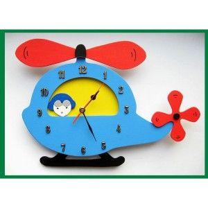 Helikopter - Ścienny Zegar do Pokoiku Dziecięcego dla Chłopca. Śliczny zegar, który nada uroku chłopięcemu pokoikowi. Tarczę zegara stanowi kolorowy helikopter - Idealny prezent dla chłopca uwielbiającego środki transportu. Sprawdź gdzie został wyprodukowany?