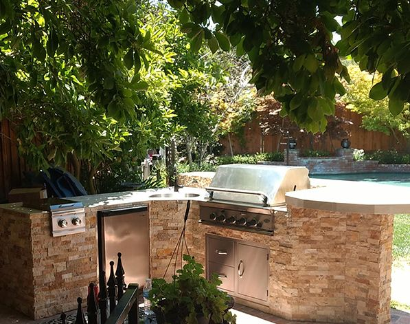 4 Things You And Your Outdoor Kitchen Do Not Need Outdoor Kitchen Patio Los Altos Hills