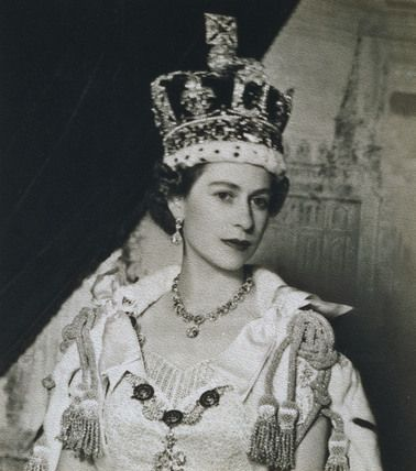 Queen Elizabeth Ii In Her Younger Years Not To Say She