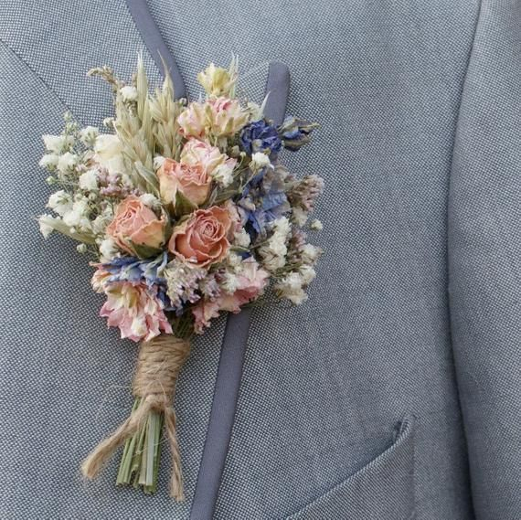 Meadow Pastels Dried Flower Buttonhole In 2020 Dried Flowers Flower Bouqet Flower Company