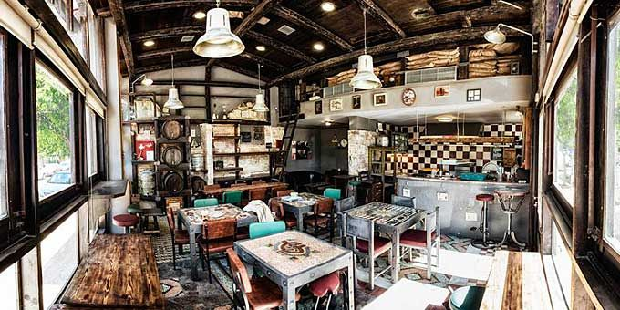 Η συνήθεια των κυριακάτικων (και όχι μόνο) brunch επιστρέφει στα τραπεζάκια των αθηναϊκών εστιατορίων, κι εμείς συγκεντρώνουμε τα 8 αγαπημένα μας.