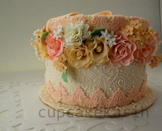 Hat Box Cake  by Cupcakekasih, via Flickr