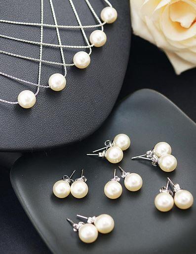 bridesmaid jewelry. so pretty!