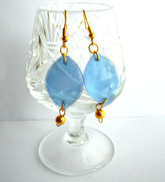 17 best images about plastic bottle jewelry on pinterest for Jewelry made from plastic bottles