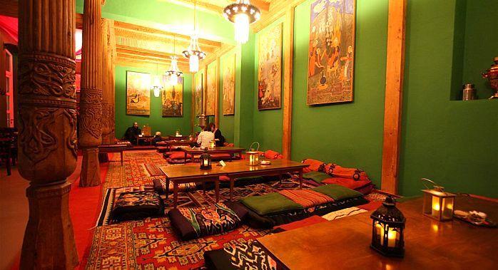 Auf dieser Website finden Sie die Speisekarte und andere Services von Tadshikische Teestube.