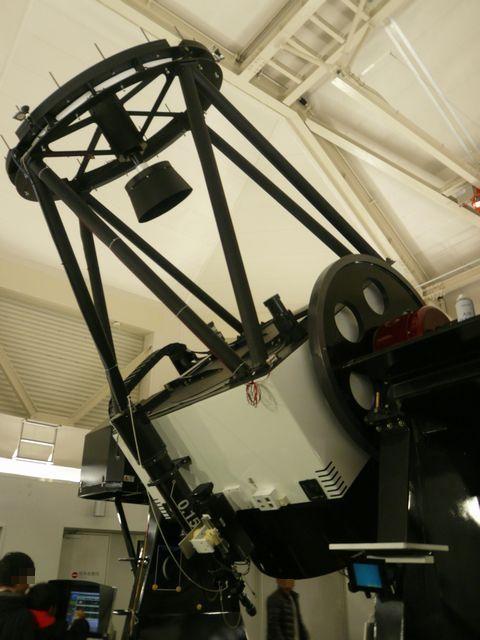 仙台市の郊外にある仙台市天文台。<br />プラネタリウムを観に行ってきました~。<br /><br />訪れたのは土曜の夜。<br />鑑賞したプラネタリウムはクリスマスバージョン♪<br />さらに、土曜日の夜は、大型望遠鏡を使って夜空の星を観察する「天体観望会」が開催されていて、それにも参加することに!<br /><br />初めての体験で感動&充実のひとときでした!