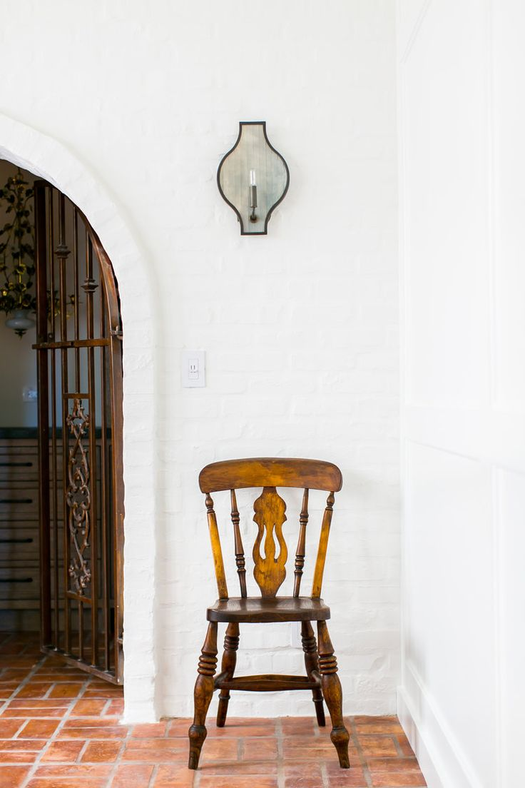 Baker dining chairs archives simplified bee - Simple Chair On The Brick Floor