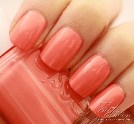 Love coral nails this Spring!(like essie 'tart deco')