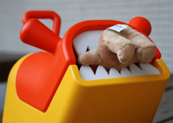 toothy toy box